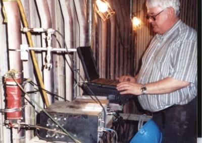 Badanie degradacji rur przegrzewaczy z wykorzystaniem emisji magnetoakustycznej (USA)