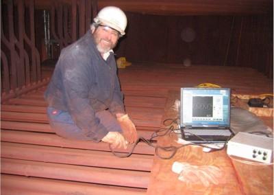 Badanie degradacji rur przegrzewacza z wykorzystaniem prądów wirowych (USA)